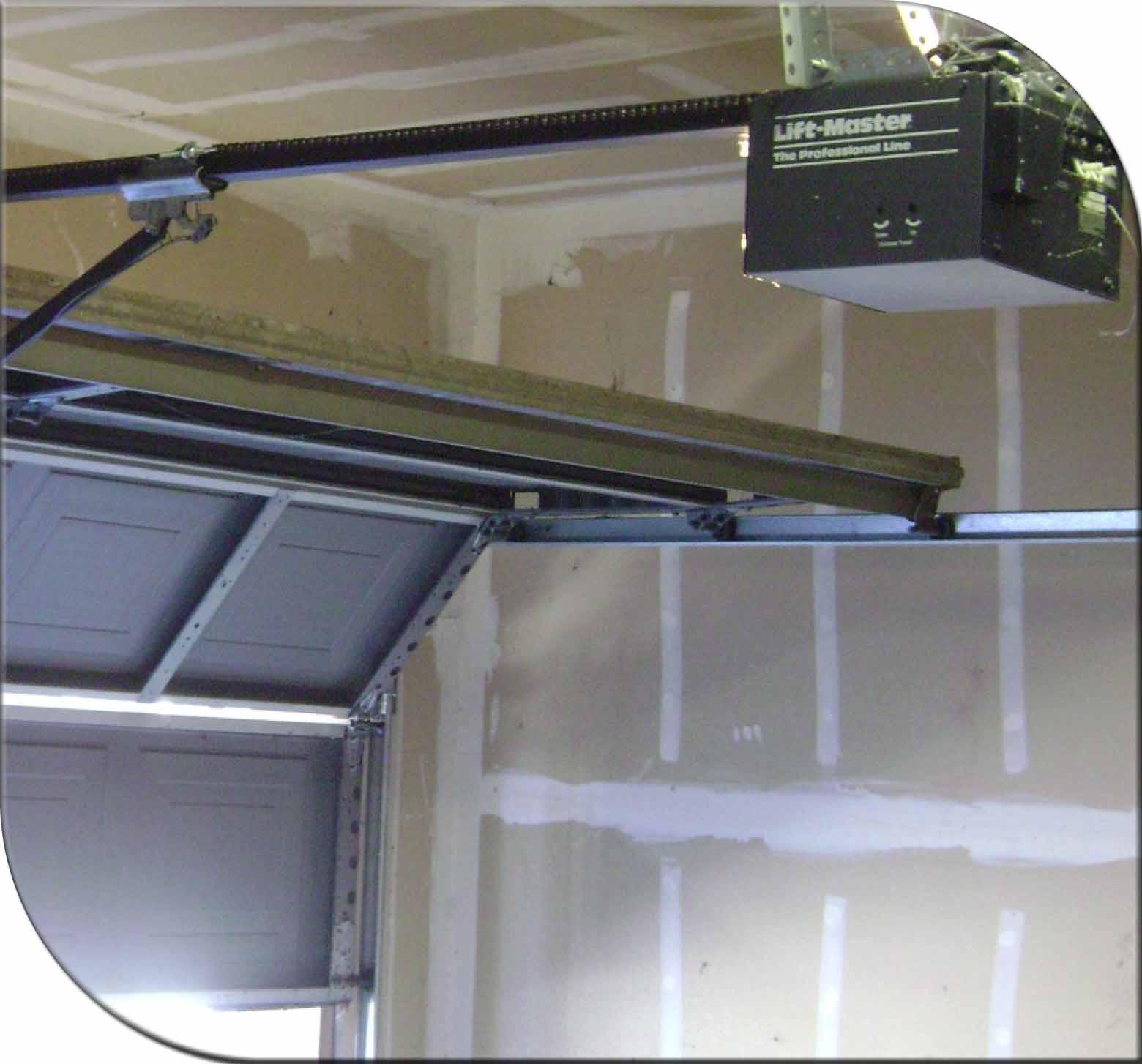 Garage door 24 hour emergency overhead doors plano tx for Garage door repair plano